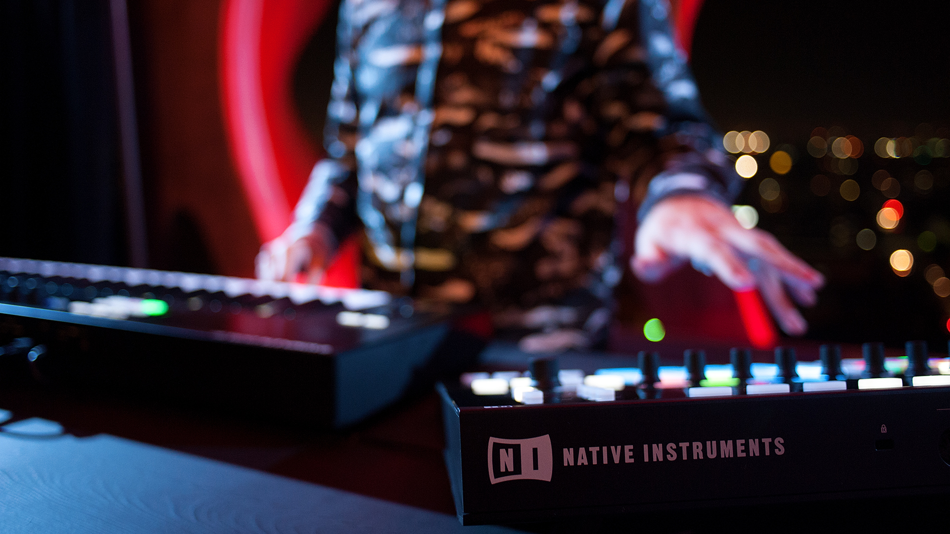 Close-up shot of Mark de Clive-Low performing with Native Instruments Maschine Studio