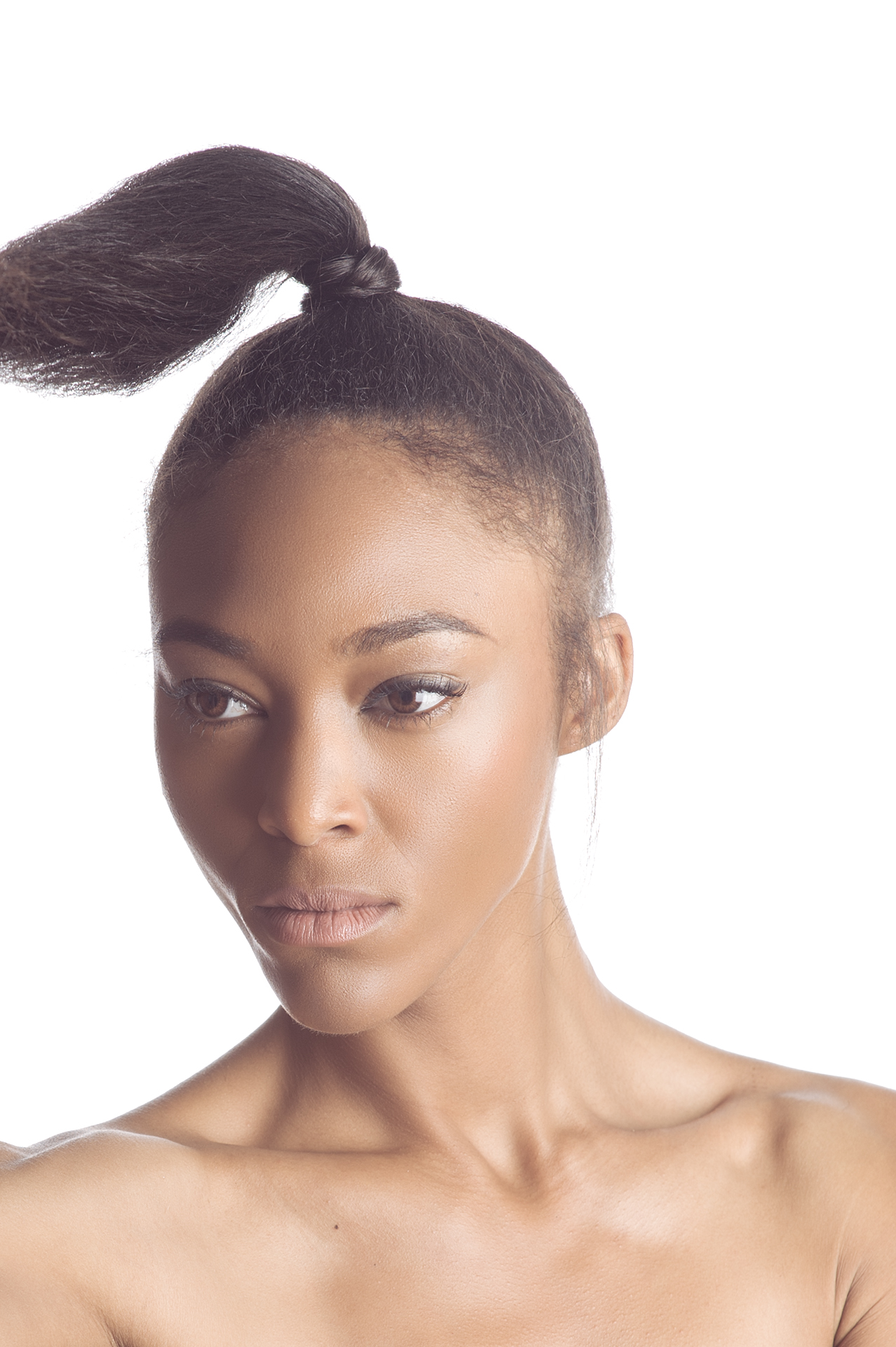 High key headshot of model Ty'Kea Trichelle